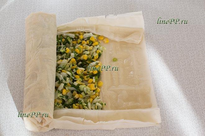 Штрудель из теста фило с овощами