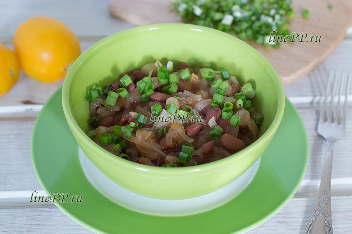 Фасоль с помидорами тушёная на сковороде рецепт